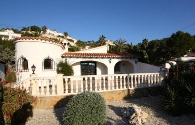 Contemporary Meets Spanish Charm In This 3 Bedrooms 2 Bathrooms Villa In Moraira, Alicante