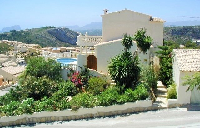 Magnificent 3 Bedrooms 3 Bathrooms Villa In Cumbre Del Sol, Benitachell, Alicante