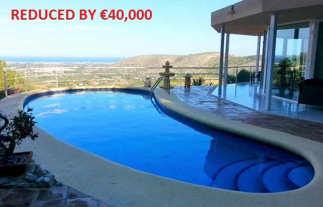 Magnificent Panoramic Sea Views At A Bargain Price