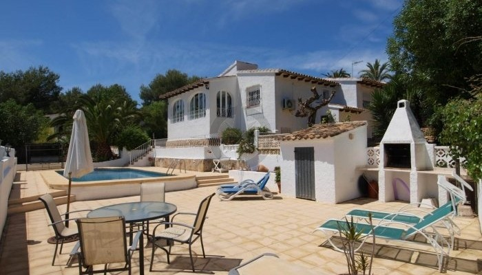 First Class Elegance In A Romantic Setting 3 Bedrooms 3 Bathrooms Villa In Moraira, Alicante