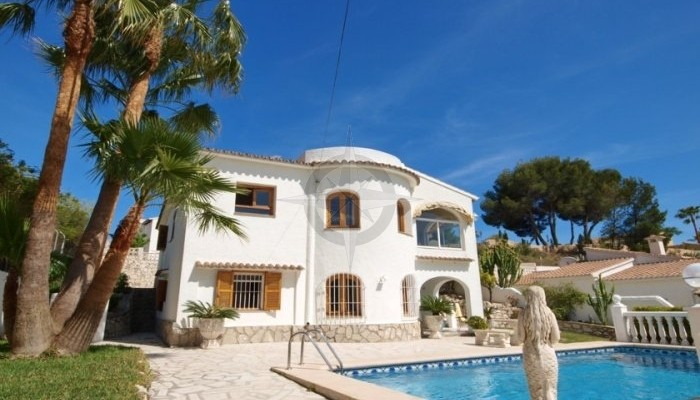 Beautiful Villa With Separate Apartment For Sale In Moraira 5 Bedrooms 3 Bathrooms, Alicante