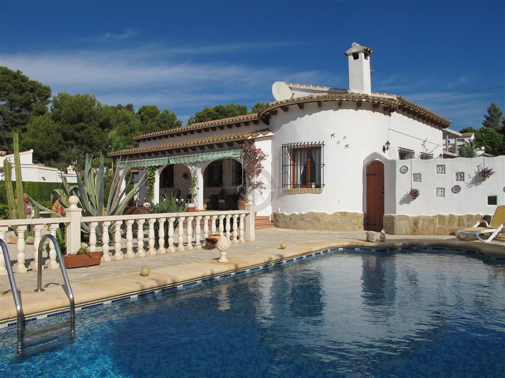 Villa In Moraira For Sale 4 Bedrooms 3 Bathrooms, Alicante