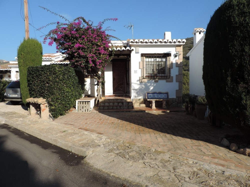 Quaint With Old World Charm Only 800m From The Beach 4 Bedrooms 4 Bathrooms Villa In Moraira, Alicante