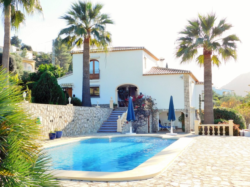 Spectacular Moorish Style Villa On The Edge Of Orba, Alicante, With 7 Bedrooms 6 Bathrooms