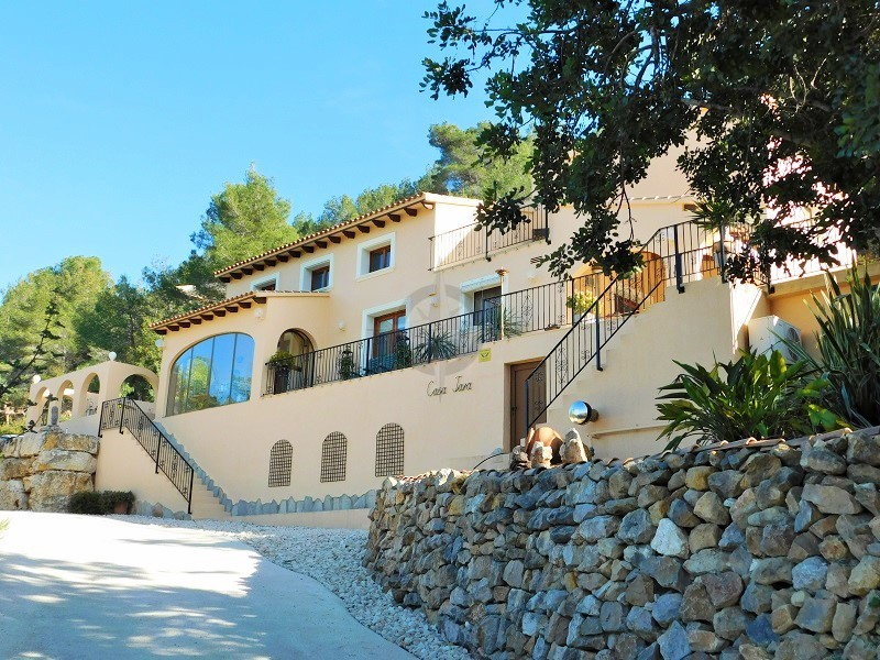 Grand Modern Villa In Lliber, 3 Bedrooms, 3 Bathrooms