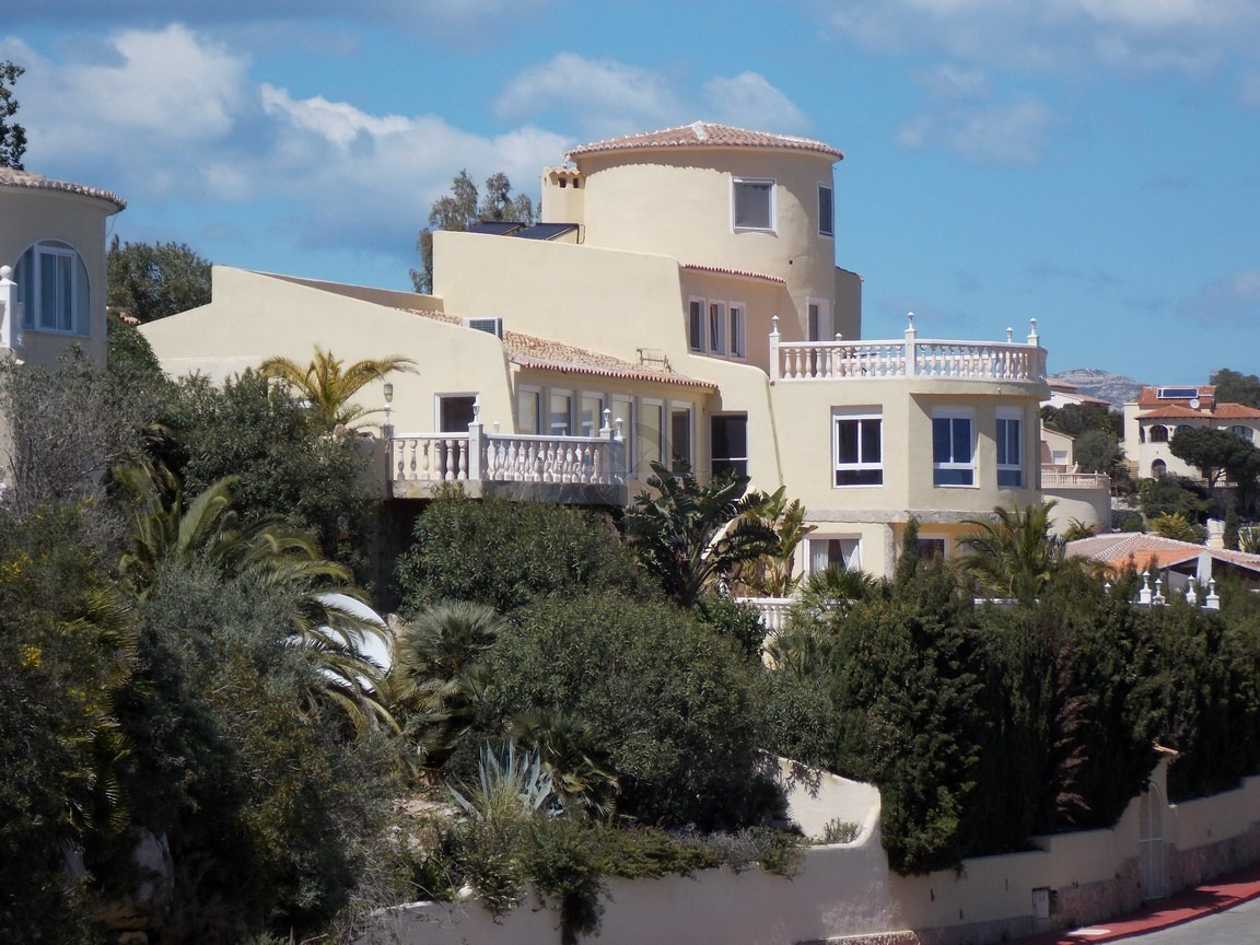 Villa In Cumbre Del Sol, Benitachell For Sale 7 Bedrooms 5 Bathrooms, Alicante